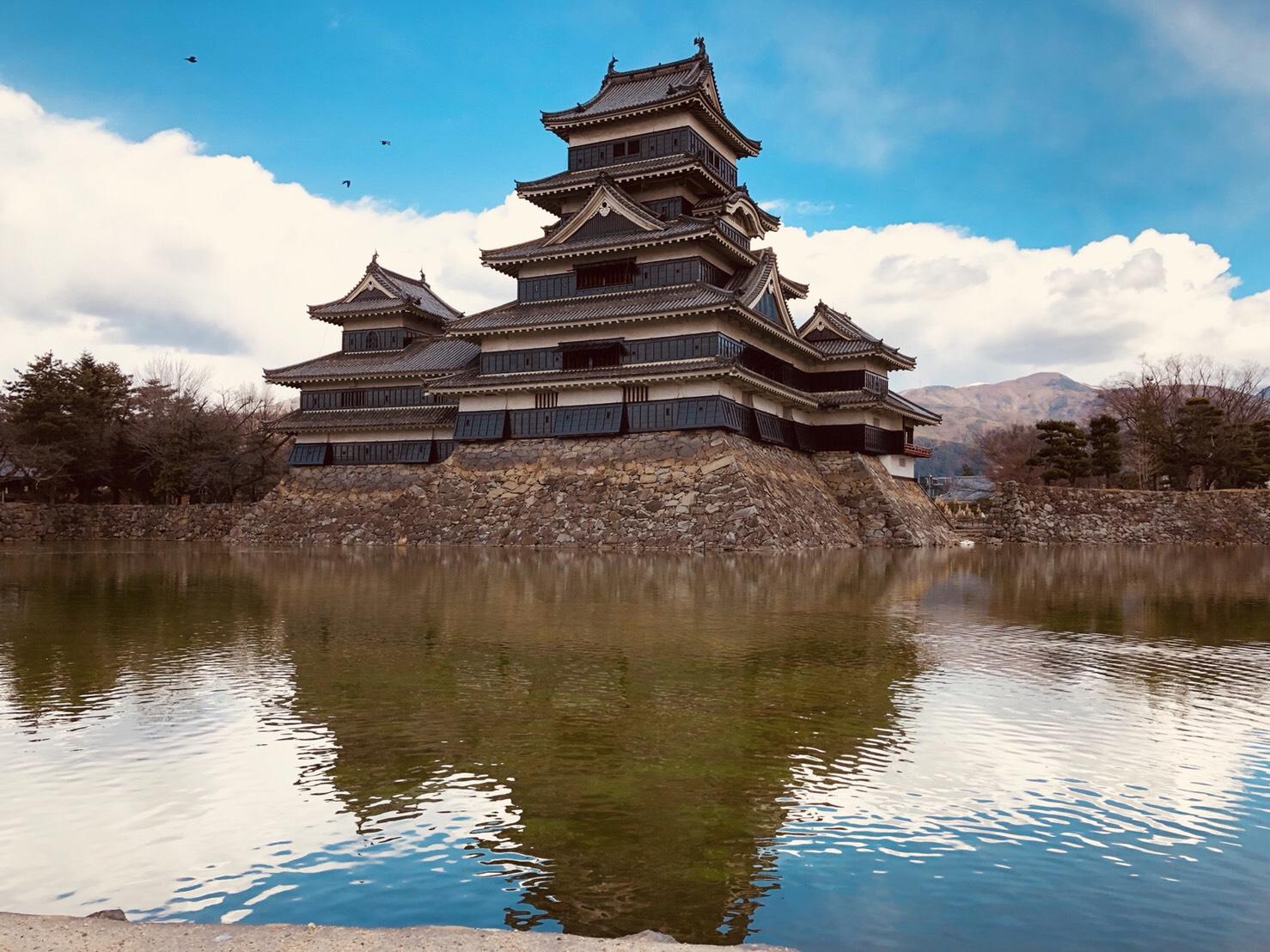 国宝指定、現存天守の【松本城】